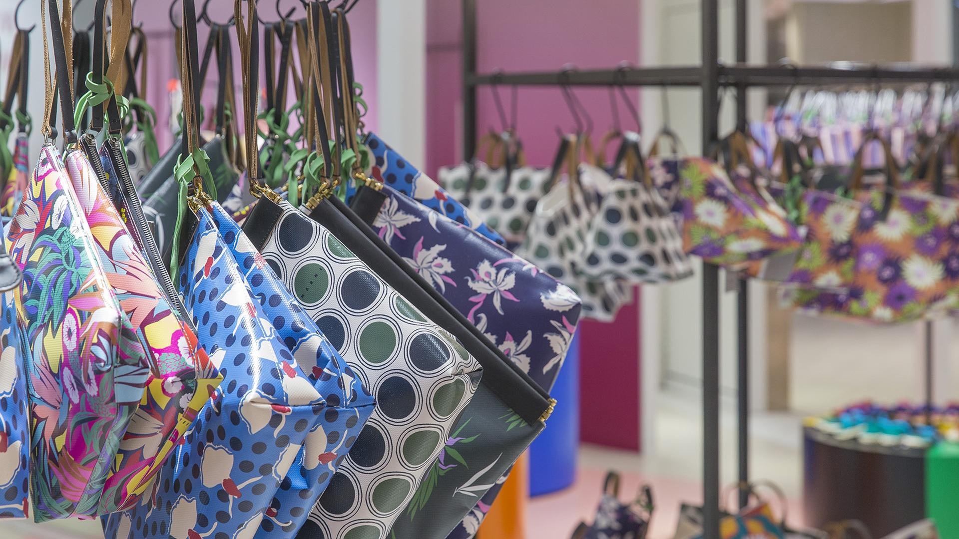 Marni Market pop up in Nagoya and Fukuoka 2017 interior 3. Bags close up.